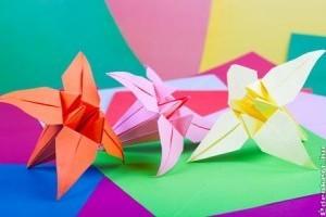 Hogyan készítsünk virágcsokrot papírból?
