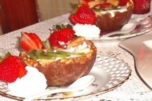 Gyümölcsös-csokoládés kosár