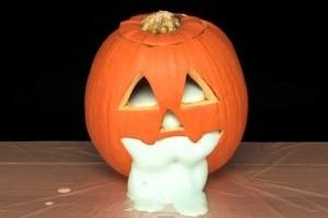 Halloween kísérlet - habot okádó tök!