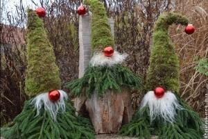 Új sláger: karácsonyi manók a kertben